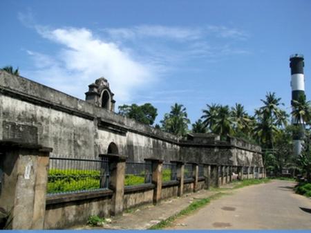 Anjengo fort_1 1