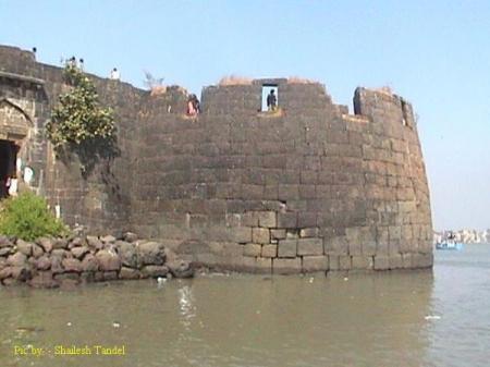 Colaba Fort