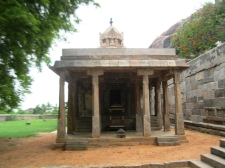 Thirumalai Lower temple
