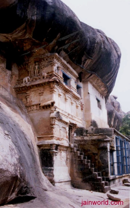 Thirumalai cave temple